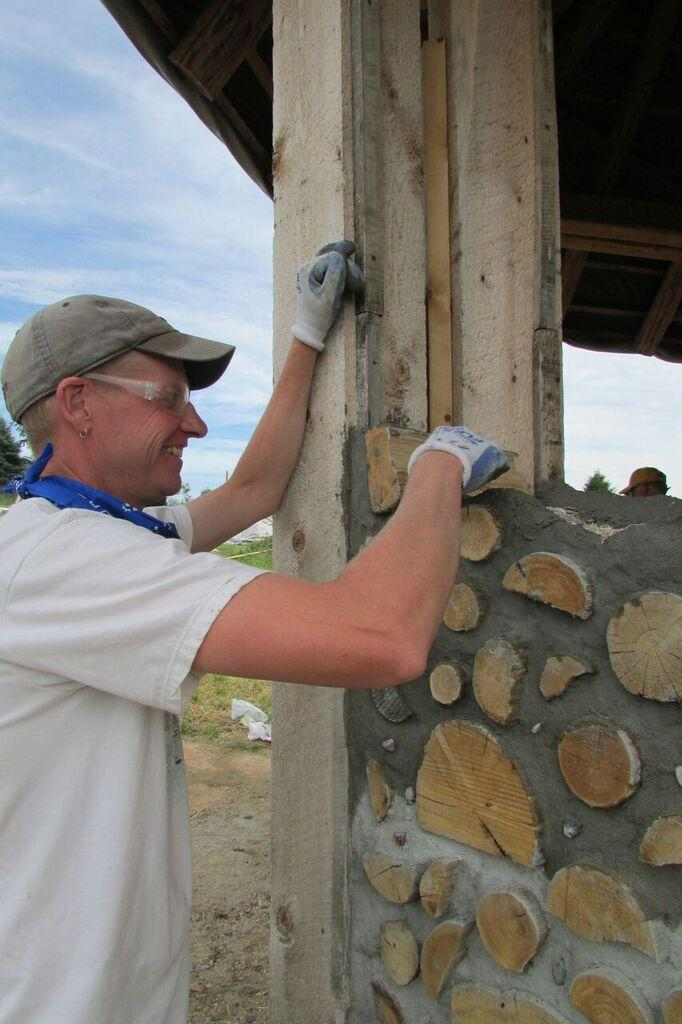 1-Day Hands-On Cordwood Workshop @ Kinstone | Fountain City | Wisconsin | United States