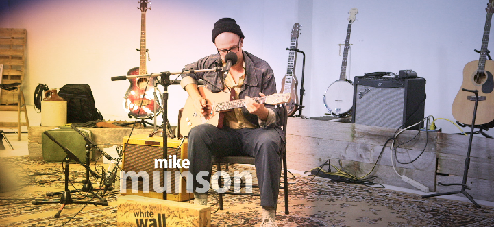 Mike Munson - Musician @ Merrick State Park | Fountain City | Wisconsin | United States